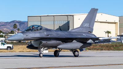 88-0492 - Lockheed Martin F-16C Fighting Falcon - United States - US Air Force (USAF)