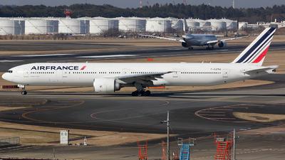 F-GZNJ - Boeing 777-328ER - Air France