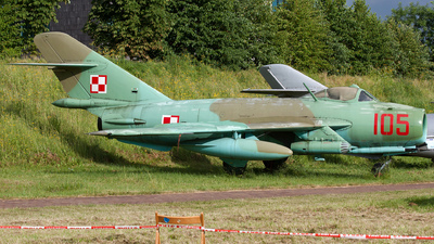 105 - WSK-Mielec Lim-6bis - Poland - Air Force