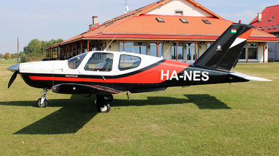 HA-NES - Socata TB-20 Trinidad - Private