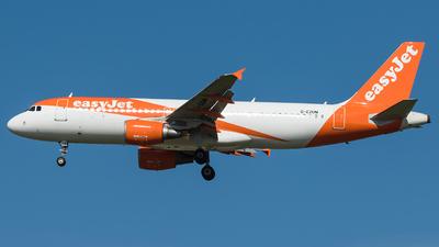G-EZUM - Airbus A320-214 - easyJet