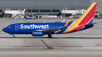 A picture of N217JC - Boeing 7377H4 - Southwest Airlines - © Yixin Chen
