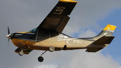 PR-LSO - Cessna 210L Centurion - Voare Táxi Aéreo