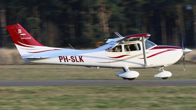 PH-SLK - Cessna 182T Skylane - Private