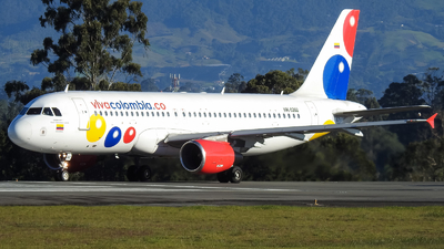 HK-5202 - Airbus A320-214 - VivaColombia