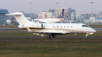 SP-ZSZ - Bombardier BD-100-1A10 Challenger 300 - Jet Story