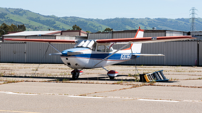 N3035U - Cessna 172E Skyhawk - Private