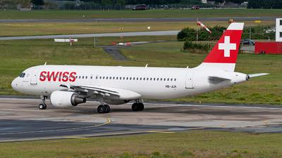 A picture of HBJLR - Airbus A320214 - Swiss - © Sebastian Thiel