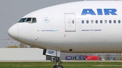 F-GSQP - Boeing 777-328ER - Air France