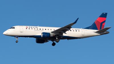A picture of N211JQ - Embraer E175LR - Delta Air Lines - © Evan Dougherty