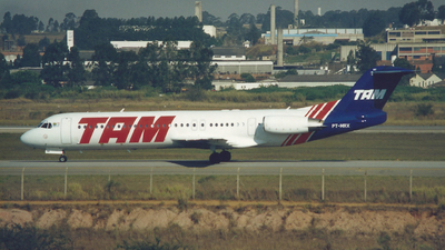 PT-MRX - Fokker 100 - TAM Linhas Aéreas