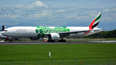 A6-EPE - Boeing 777-31HER - Emirates