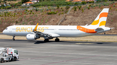 A picture of OYTCH - Airbus A321211 - Sunclass Airlines - © Thomas A. Ferreira