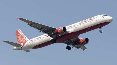 A picture of VTPPQ - Airbus A321211 - Air India - © Ramana Prasad