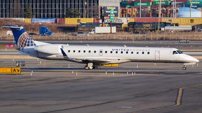 N11176 - Embraer ERJ-145XR - United Express (Commutair)