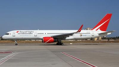 VQ-BTB - Boeing 757-28A - Royal Flight