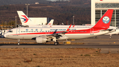 B-8325 - Airbus A320-214 - Sichuan Airlines