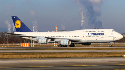 A picture of DABYO - Boeing 747830 - Lufthansa - © Johannes Wirl