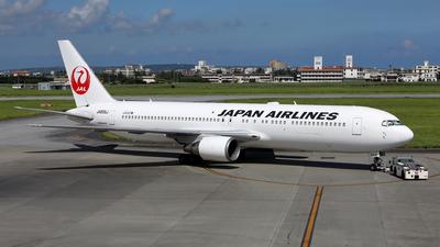 A picture of JA655J - Boeing 767346(ER) - Japan Airlines - © kouyagi