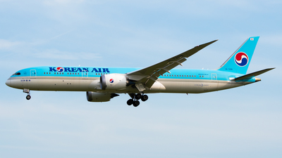 HL7208 - Boeing 787-9 Dreamliner - Korean Air