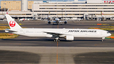 JA8944 - Boeing 777-346 - Japan Airlines (JAL)