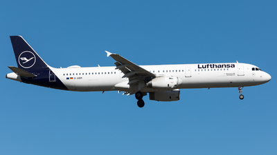 A picture of DAIDM - Airbus A321231 - Lufthansa - © Sierra Aviation Photography