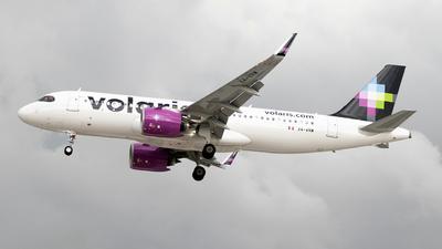 XA-VRW - Airbus A320-271N - Volaris