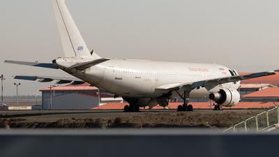 A picture of EPMHF - Airbus A300B4103 - [055] - © DARA ZARBAF