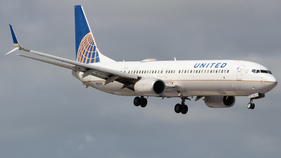 A picture of N38451 - Boeing 737924(ER) - United Airlines - © Davin Amy