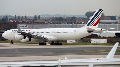 F-GLZP - Airbus A340-313X - Air France