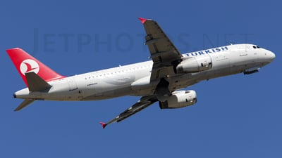 TC-JPB - Airbus A320-232 - Turkish Airlines