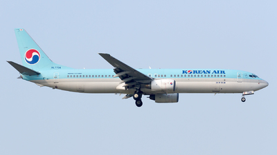 HL7704 - Boeing 737-9B5 - Korean Air