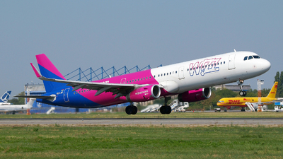 HA-LXB - Airbus A321-231 - Wizz Air