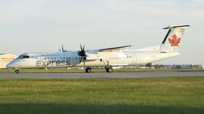 C-GGNW - Bombardier Dash 8-Q402 - Air Canada Express (Jazz Aviation)