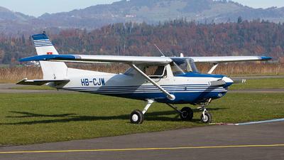 HB-CJW - Cessna 152 II - Private
