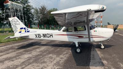 XB-MGH - Cessna 172S Skyhawk - Entrenamiento Aereo Especializado