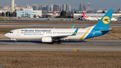 UR-PSC - Boeing 737-8HX - Ukraine International Airlines