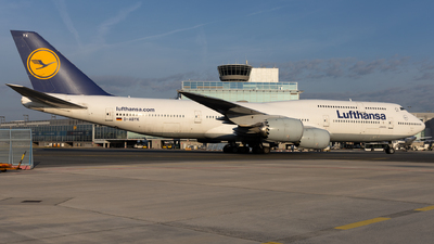 A picture of DABYK - Boeing 747830 - Lufthansa - © Sascha Neuffer