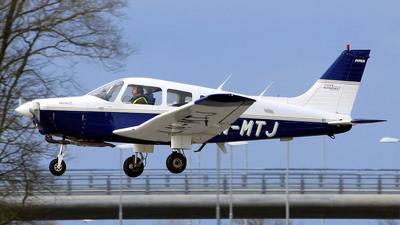LN-MTJ - Piper PA-28-161 Warrior II - Private