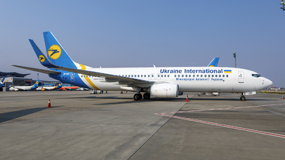 UR-UIC - Boeing 737-8KV - Ukraine International Airlines