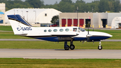 C-GADG - Cessna 421B Golden Eagle - Private