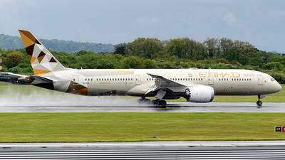 A picture of A6BLG - Boeing 7879 Dreamliner - Etihad Airways - © Paul Y. M. Chow - AHKGAP
