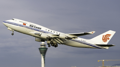 A picture of B2447 - Boeing 7474J6 - Air China - © Ame_Jayzz