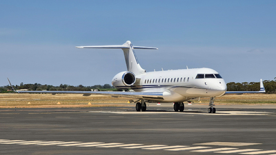VH-CCD - Bombardier BD-700-1A10 Global 6000 - Private