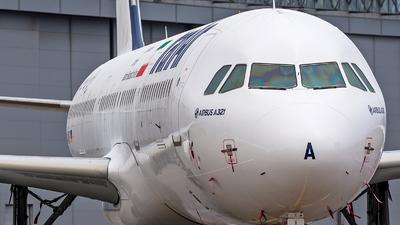 D-AVXF - Airbus A321-211 - Iran Air