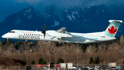A picture of CGJZD - De Havilland Canada Dash 8400 - Air Canada - © Derek MacPherson