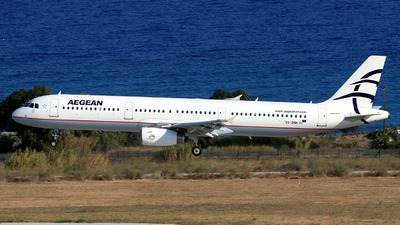A picture of SXDNH - Airbus A321231 - Aegean Airlines - © Helmut Schnichels