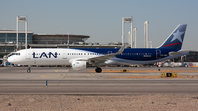 CC-BEF - Airbus A321-211 - LAN Airlines