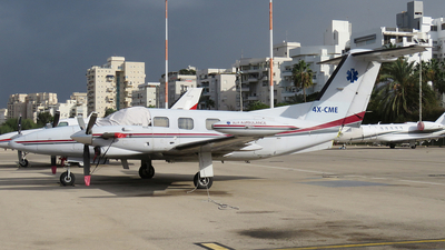4X-CME - Piper PA-42-720 Cheyenne IIIA - Private