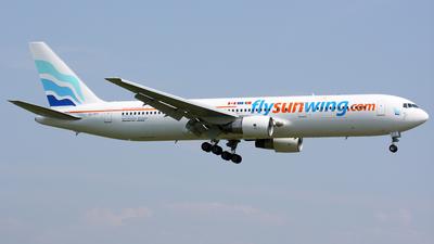 CS-TFT - Boeing 767-3Y0(ER) - Sunwing Airlines (EuroAtlantic Airways)